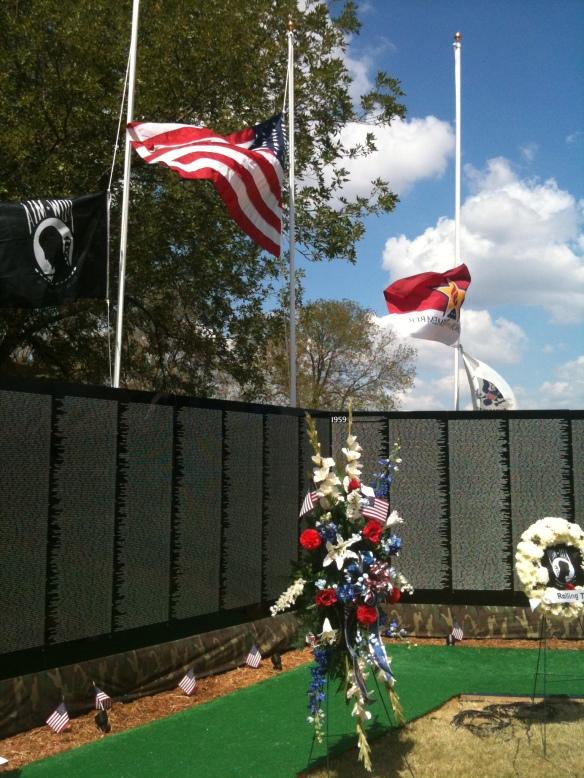 Vietnam memorial 006
