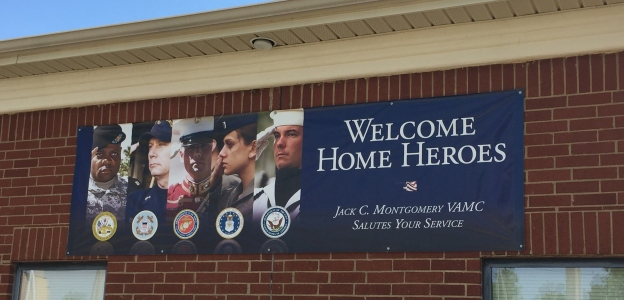 Welcome home heroes sign on a VA clinic