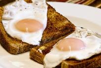 fried eggs on toast
