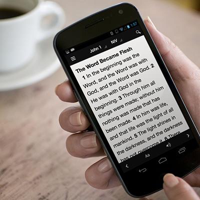phone-bible app lifestyle2