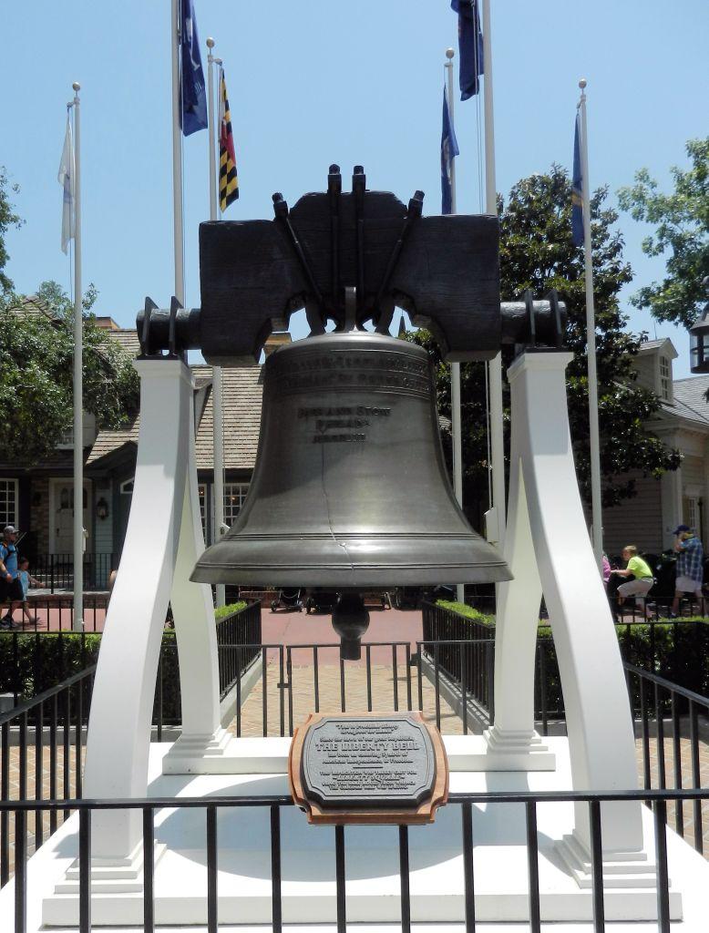Liberty Bell -replica