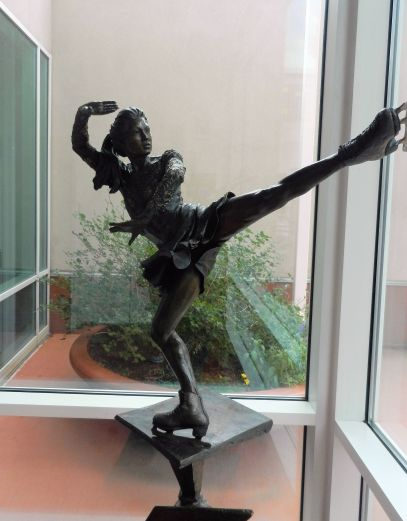 bronze statue, ice skater