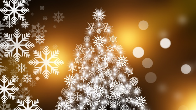 snowflakes making a Christmas tree