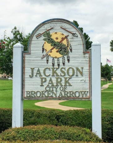 Jackson Park, City of Broken Arrow sign