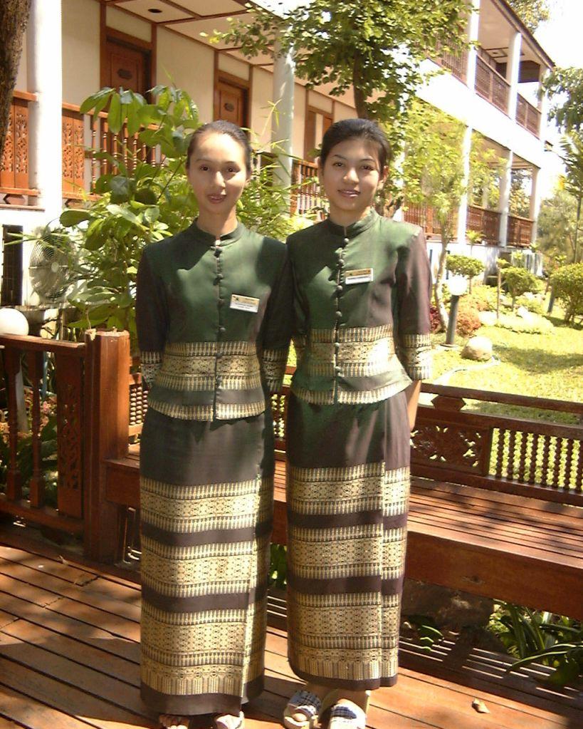 two women in Thai dress