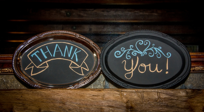 """2 oval plates with words """"thank you"""""""